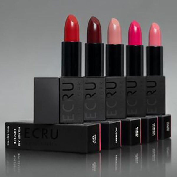 Ecru New York Velvet Air Lipstick HaarPiraat